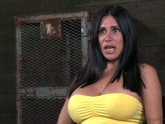 Labios de la esclava sexual pechos grandes penetradas por una enorme erección - Sheila Marie, Matt Williams