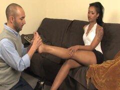 Adoración de pies - piel de mujer-Dominator y su thrall,
