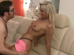 Nightkiss MILF alemana se la follan