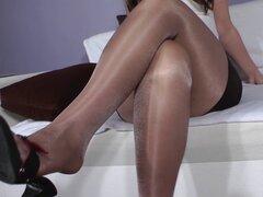 Con el pie en nylon