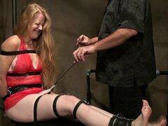 Cabeza roja madura cosquillas tortura 1