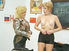 Lesbianas abuela Kitty Foxx y Diana Richards