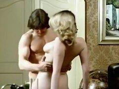 Rubia casera, la mejor escena porno Retro,