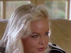 Silvia Saint folla a la abogada y drena su Cum