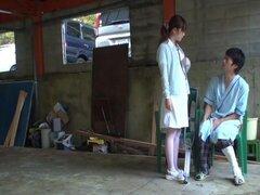 Las enfermeras seducen pacientes a follar al aire libre