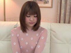 Increible chica japonesa Yuri Hyuga en JAV más calientes sin censura clip de DildosToys,