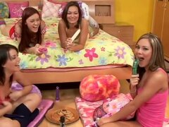 Las chicas solo quieren divertirse... Parte VI (801)