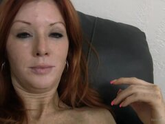 ¡Dani Video - BackroomCastingCouch, 31yo fútbol mamá de tres, Dani! Inseminación accidental, aprensiva anal, facial y náuseas.