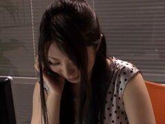 Yuria Ashina, Risa Murakami, Kyoka Mizusawa, 2 ASUKA en hermosas Upskirt locutor parte 5
