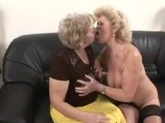 Abuelas lesbianas Húngaro,