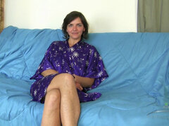 Katie Zucchini in Interview Movie - AtkHairy, Katie is a lovely hairy model and you might have seen some of her photo set flying around the sites for a while. Well it's time to get to know her a little better before she flaunts that hairy pussy to you. Enjoy as the lovely Katie opens up and wide to us all.