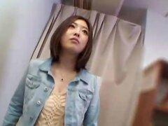 Chicas japonesas atraer a lasciva muchacha adolescente en kitchen.avi