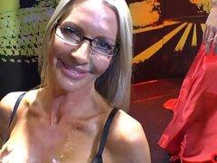 GermanGooGirls Video: Emma Starr en GGG. Emma Starr, una actriz porno de Estados Unidos, no se esperaba que los chicos de GGG que bombea tan lleno de semen. Ella hizo su mejor para tragar el jugo de hombre. Nota: envejecimiento no protegerle contra tragar
