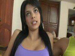 26 adolescentes petite Latina follando en Colombia 02