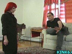 Torturar a housekeeperGirl nuevo en la rueda del dolor