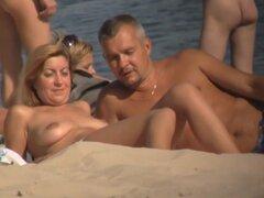 Hot beach voyeur videos filmados con una cámara oculta, voyeur playa nudista randy disfruta de película caliente chicas desnudas en la playa.