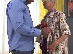 relaciones de amor de la abuela por todas partes
