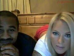 MILF amateur anal con maridito en webcam,