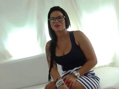 Belleza Tania Tetona obtiene buen culo lamiendo de su follador JotaDe - Tania Tetona, JotaDe