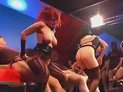 Sexo en grupo salvaje alemán loco