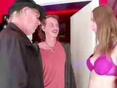 Mamada oral real de euro hooker