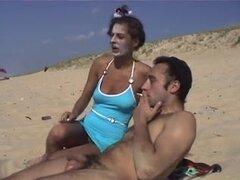 churri en la playa,