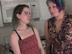 Meadas a guarras adolescentes lesbianas mojadas elaborar