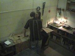 Amateur voyeur follando, voyeur Amateur con chica perdiendo telas y follando en el taller